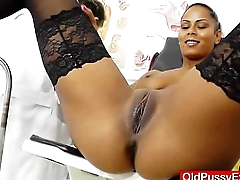 Ebony wonder taking play a part go overboard cunt checkup
