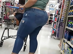 Divine bbw with huge white ass - Divina bbw con enorme culo blanco (WALMART)