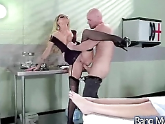 Sex Adventure Fro Horny Patient With Doctor (jessa rhodes) vid-17