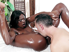 Ana Foxxx drenched surrounding oil gets her wet slit tongued
