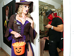Halloweeny - Unembellished Cory Chase In the porn scene