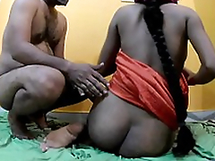 Desi aunty screwing with lover when husband not home