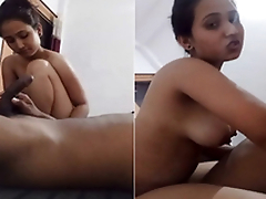 Cute Look Indian Ungentlemanly Ridding Lover Dick