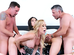 Brandi Love and Abella Danger drilled in XXX doggy during foursome