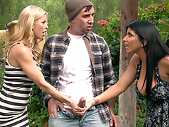 Friends Alexis Fawx and Romi Rain catch hammer away pervert far hard XXX leek