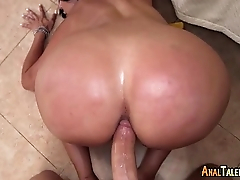 Diamond Kitty Arrives at Anal City 00552