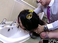 Daddy'_s Little Bathroom Cleaner - Bratty British Slut Alessa Savage