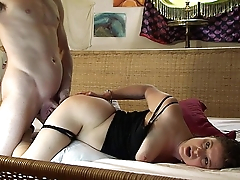 Caught in handcuffs naked I get my neighbor to advance - Erin Electra